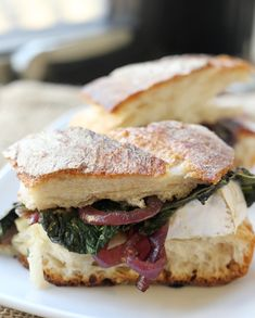 Kale, Caramelized Onion and Brie Grilled Cheese #giveaway