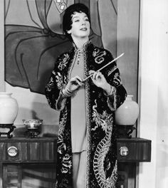"""my hero: auntie mame (and the timeless rosalind russell). """"life is a banquet - and most poor suckers are starving to death!"""""""