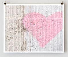 Pink Heart, Paris Graffiti
