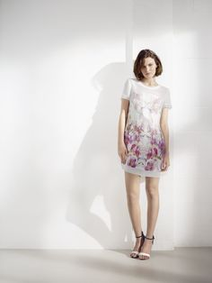 Floral prints are key for summer dressing & our t-shirt shape dress is a relaxed way to wear the look.