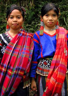 Children wearing traditional T'boli Garb, Mindanao, Philippines