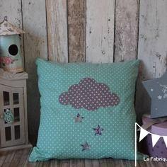 Coussin nuage et toiles bleu turquoise pois tissu - Decoration chambre bebe etoile ...