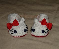 Ravelry: Pattern No.40 - Crochet Hello Kitty Slippers, House shoes, photo prop pattern by Cathy Ren