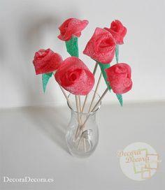 Unas decorativas y dulces rosas de gominolas.