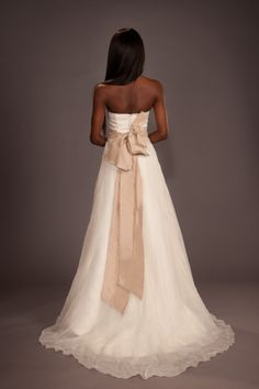 Wedding gowns for rent on pinterest for Vera wang wedding dresses rent