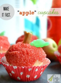 """""""Apple"""" cupcakes. And 50+ cupcake recipes! - NellieBellie"""