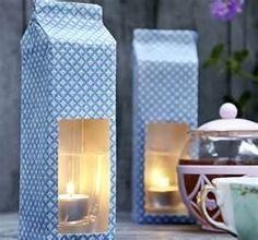 Luminárias com caixa de leite.