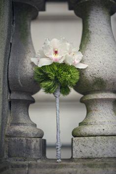 modern bouquet by Datura: A Modern Garden http://www.amoderngarden.com. Photography by Carla Ten Eyck www.carlateneyck.com