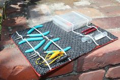 The tool book... not quite a purse. But with step-by-steps - PURSES, BAGS, WALLETS - Knitting, sewing, crochet, tutorials, children crafts, papercraft, jewlery, needlework, swaps, cooking and so much more on Craftster.org
