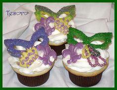 Mardi Gras Cupcakes with mask, crown and fleur de lis.