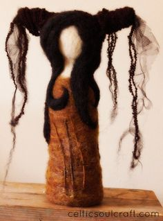 Folk art doll. Needle felted.