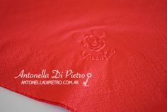 Servilleta personalizada. Mickey mouse, details, napkins, custom. Fiesta de Mickey  Mouse http://antonelladipietro.com.ar/blog/2013/05/fiesta-playhouse-mickey/