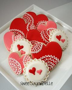 "Valentine ""lace"" cookie - decorating ideas"