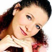 Aurelia Noel Certified Social Media Strategist. Working on social media assessment for UK. http://xeeme.com/AureliaNoel