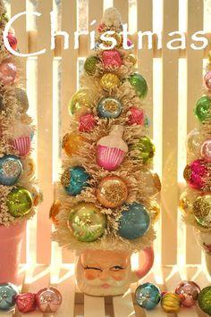Holiday Sparkle Christmas bottle brush santa tree