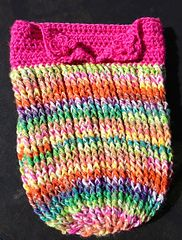 Ravelry: Ribbed Cocoon pattern by Heidi Yates A quick, easy and fun cocoon to make. Worked in front and back post st, this is a squishy soft cocoon. Pattern includes instructions for making a child-adult size beanie too.