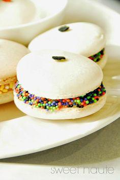 *SWEET HAUTE*: French Macarons Recipe- Tutorial