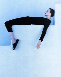 Karen Elson photographed by Patrick Demarchelier for Harper's Bazaar US June 1997