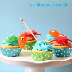 How to make sea critters cupcake toppers #Cupcakes #PartyFood