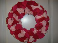 DIY Valentine's Day wreath!