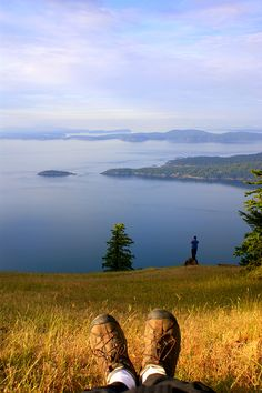 Mantra Monday: Once a year, go some place you've never been before. – Dalai Lama Our inspiration today is the breathtaking view at the summit of Mt. Warburton Pike, Saturna Island, part of Gulf Islands Naitonal Park Reserve.