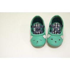 ANNIKA Villiant shoes (green)    www.mintandpersimmon.com