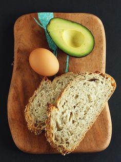 Open-Faced Fried Egg  Avocado Sandwich - http://www.pincookie.com/open-faced-fried-egg-avocado-sandwich/