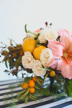 Citrus inspired florals / Photography By / http://hellolovephoto.com,Florals By / http://petalfloraldesign.com/
