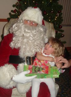 drunk santa and this kid's face.... priceless