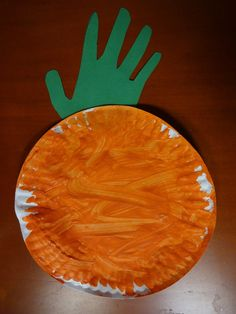Perfect Halloween Craft for a toddler!