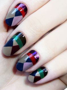 Graphic nail art. #Nails #Beauty #Nailart #Manicure #Glitter Visit Beauty.com for more.