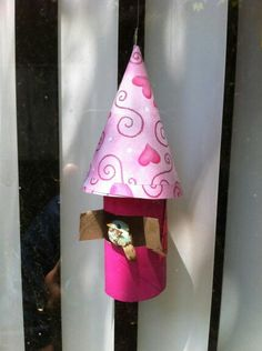 "Easy Craft for kids "" Bird House"" made if toliet paper roll and scrapbook paper."