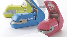 A Staple-Free Stapler That Doesn't Leave Ugly Holes Behind