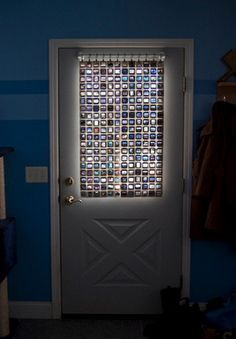 Tutorial on a better way to store & Recycle photo slides, and give yourself a 'stained glass window' effect into the bargain. Protect you from prying eyes, this moderately cute privacy screen frees old slides from their dusty boxes. A great project to do with your tots or grand-tots too.