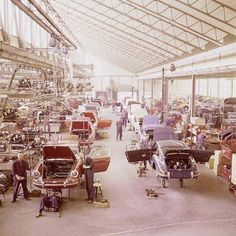 The assembly line for the Porsche 911 at the Stuttgart factory, 1970