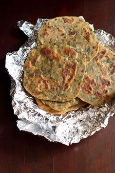palak paratha or spinach paratha, how to make palak paratha recipe