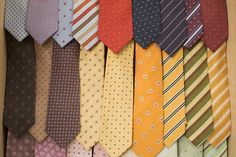 The best and worst colors to wear to a job interview