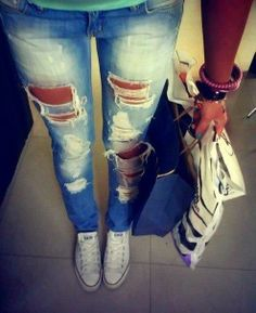 white convers, lights, outfits, fashion clothes, style, dream closet, converse, jeans, rip jean