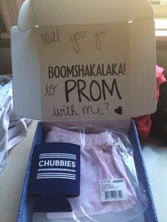 How to get asked to prom properly...OMG YASSSS