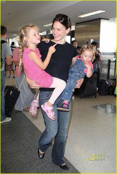 Jennifer Garner and her daughters! #NewNormal