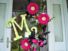So cute for a spring wreath!