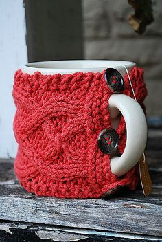 Digital PDF Knitting Pattern - Cable Cup Cozy Knitting Pattern. Maybe I should learn to knit?