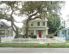 Adorable 3/2.5 home!  2920 N Massachusetts Ave  Tampa, FL