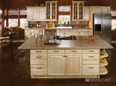 The beautiful countertops in this photo feature our Wilsonart® HD® High Definition® Laminate in Sedona Bluff 1824K-35 with a Beveled Edge.
