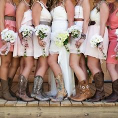 Mismatched bridesmaids Photo by KLP Photography