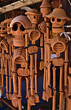 Clay catrinas by LuzKreativa, via Flickr