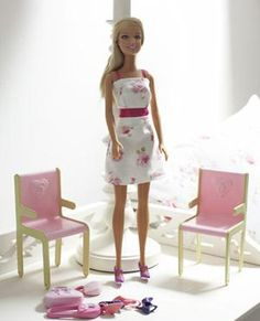 Sew a flowery sundress for a doll