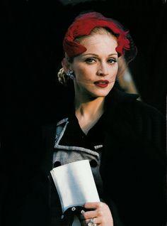 Madonna/Eva.