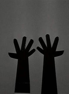 saul bass hands