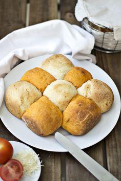 Pan de Tomate y Queso (el pan colchonero) - Tomato and cheese bread :_)